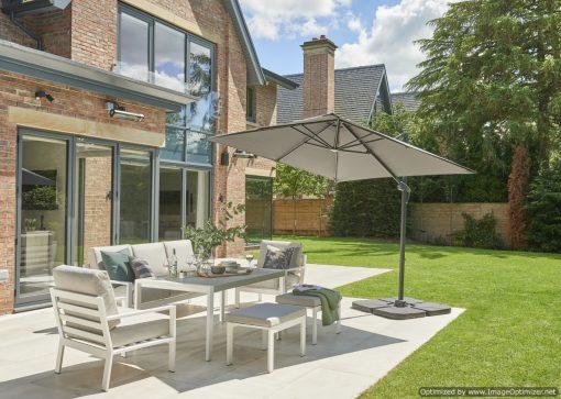 small garden cantilever parasol